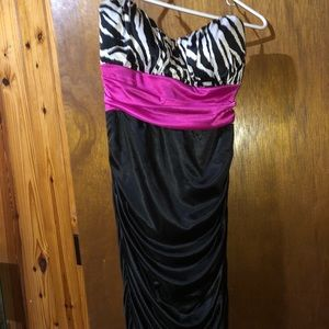 Homecoming dress speechless size medium bodycon